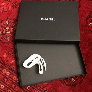 CHANEL BOX WITH WHITE ribbon 🎀